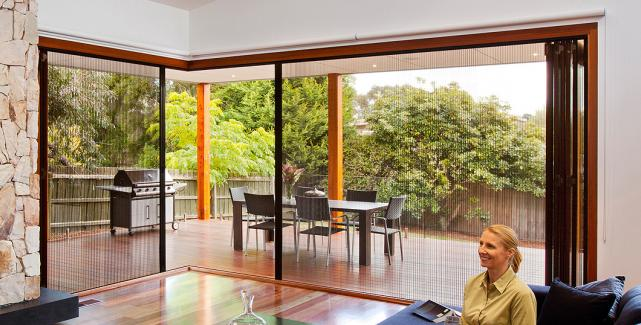 & Integrated Retractable Pleated Screen Systems | LaCantina Doors