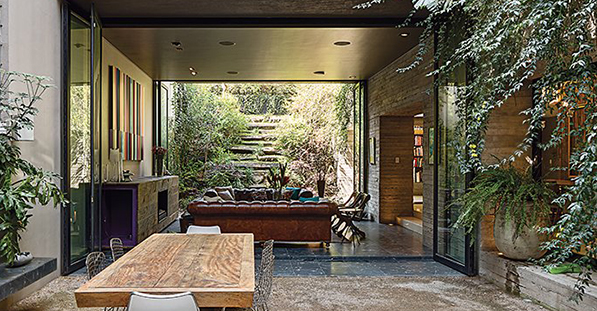 A Sublime Indoor-Outdoor Retreat in Mexico City